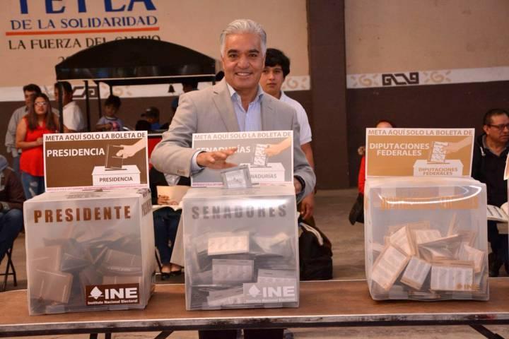 Vota Gelacio Montiel Fuentes y pide que el Gobierno priísta saque las manos del proceso electoral