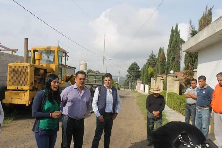 Villarreal Chairez mejora la vialidad de 3 calles del municipio