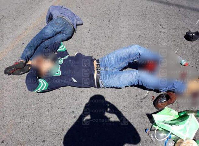 Arrollan a tres motociclistas en Tlaxco