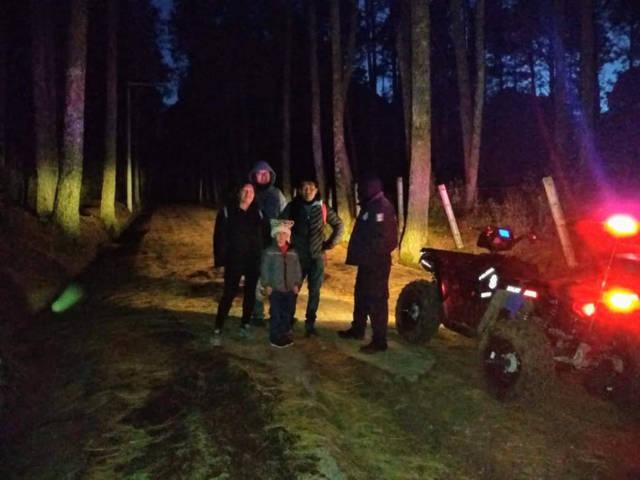 La policía de montaña de la CES, localizó con éxito a unas personas extraviadas en La Malinche