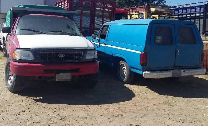 Nuevamente Policía Estatal asegura camionetas con hidrocarburo ilegal