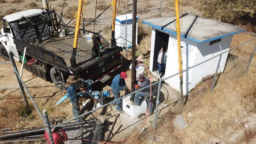 Alcalde apoya agricultores de Xaltianquisco con pozo de agua