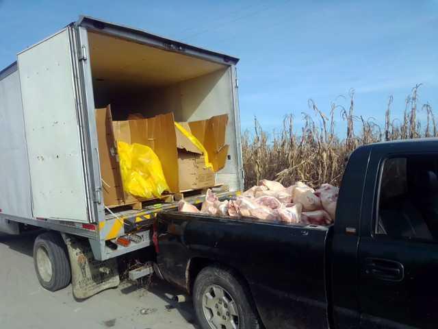 Policía Estatal frustra robo de vehículo cargado con mercancía en Zitlaltepec