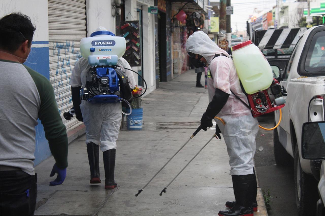 Inician acciones de desinfección en calles y espacios públicos en San Pablo del Monte