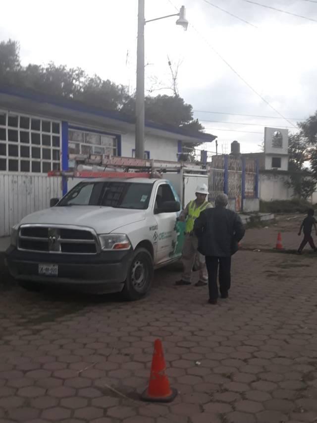 Alcalde regulariza servicio de energía eléctrica a la comunidad de Santa Elena