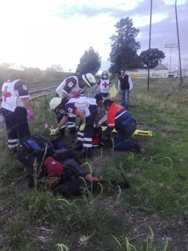 Cae indocumentado del tren y sufre amputación de pie en Huamantla