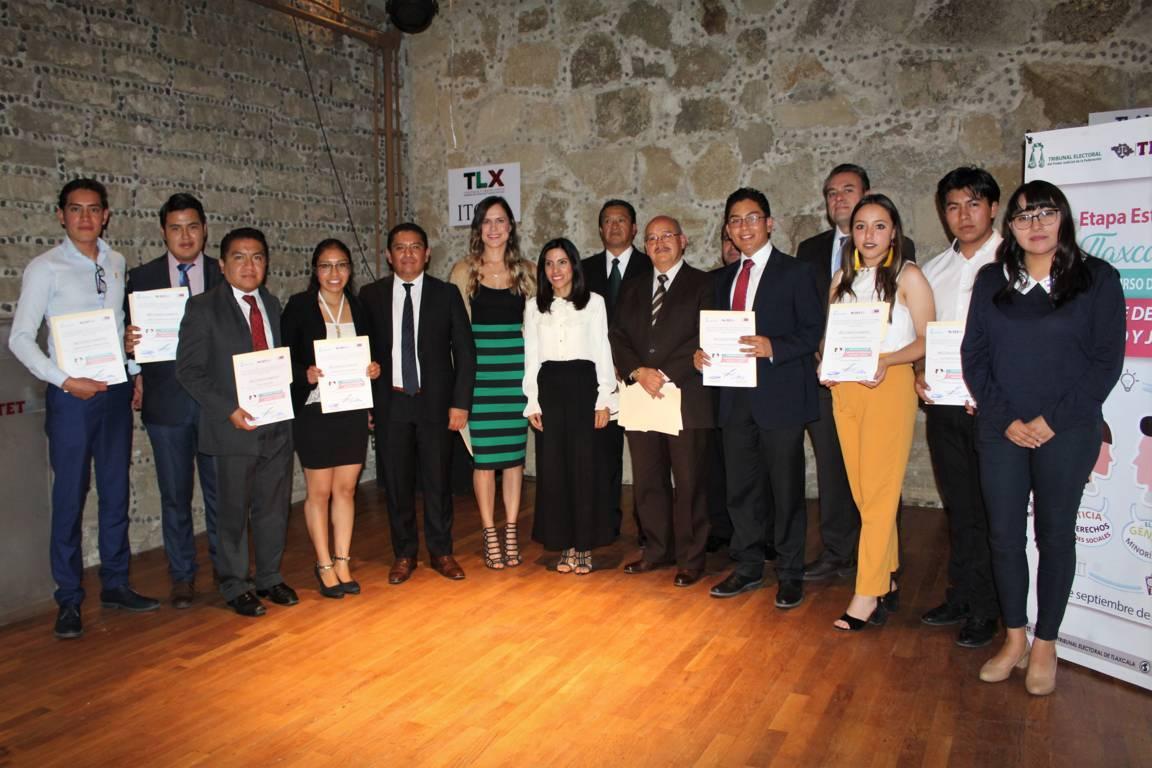 Realizan TEPJF-ANUIES-TET fase estatal de concurso juvenil de oratoria