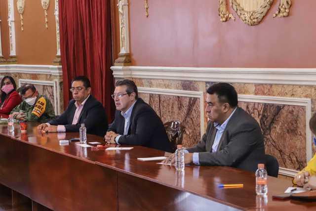 Marco Mena instala consejo estatal de contingencia por Covid-19