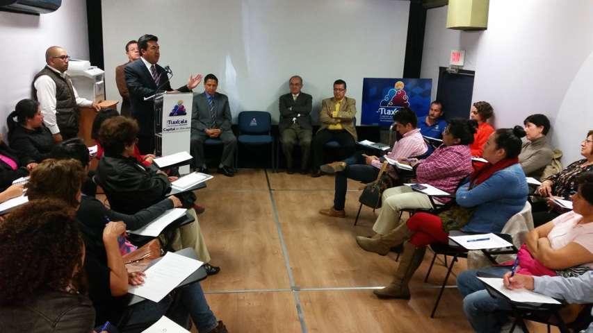 Inaugura Escobar Jardínez actividades de Unidad Móvil de Nafinsa
