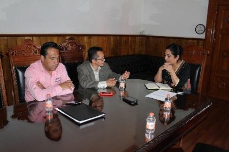 Denuncian amenazas periodistas tlaxcaltecas ante SEGOB y CEDH