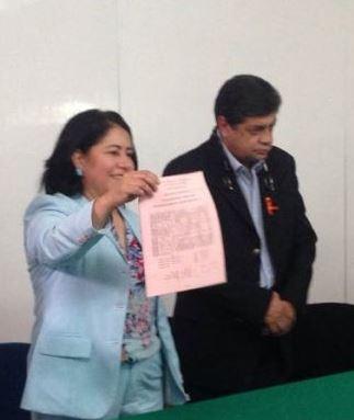 Tiembla la SESA y Blanca Águila por Foro de Salud