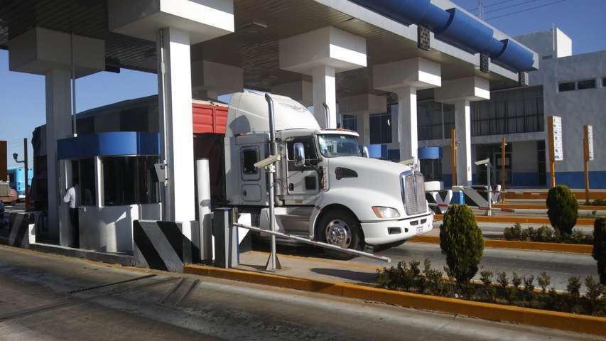 Abren caseta San Martin Tlaxcala y dejan paso gratis