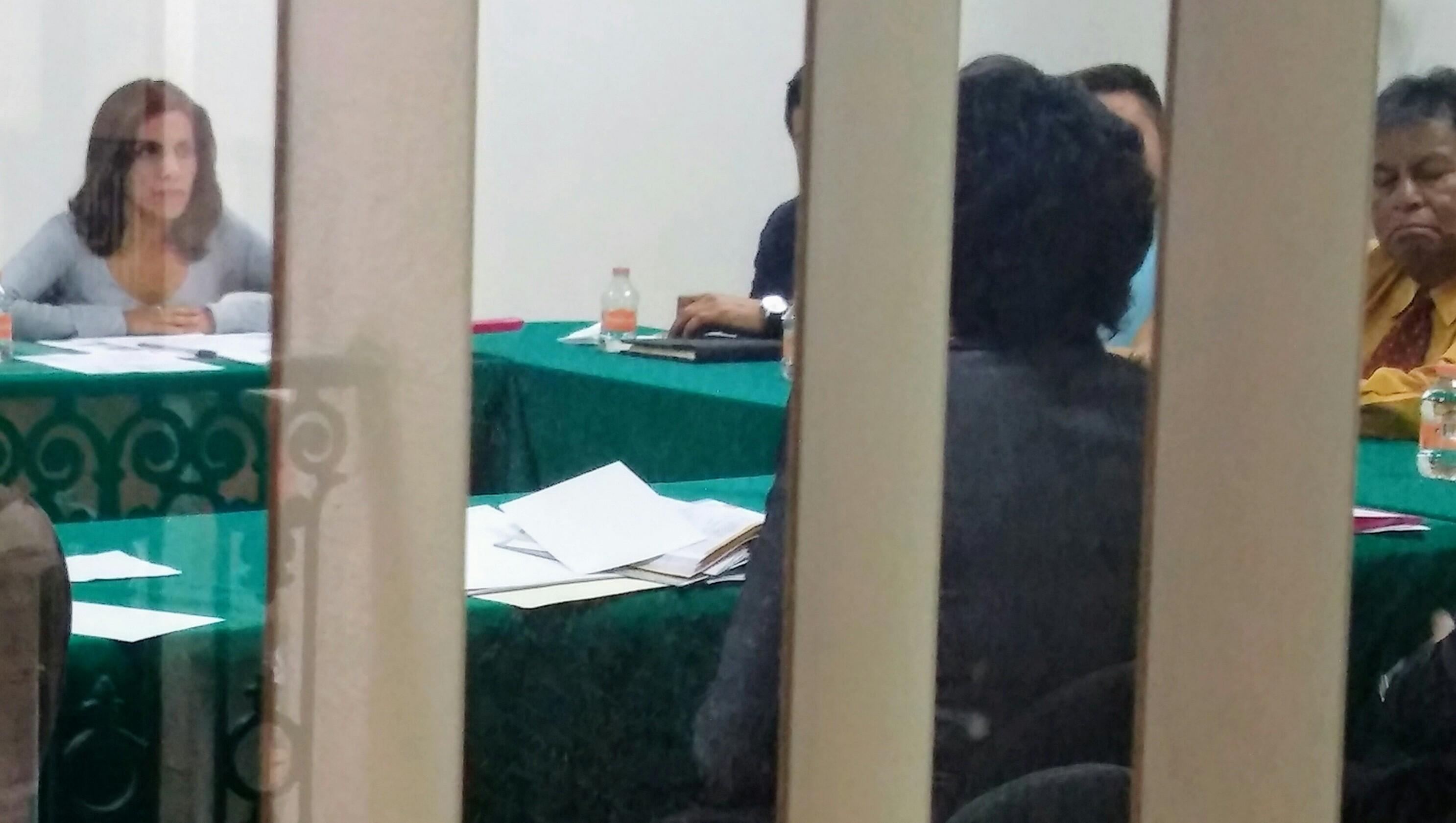 A escondidas cabildean consejeros del ITE con diputados