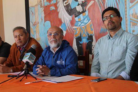 Pedirán carta de antecedentes no penales a alumnos de la UPTLAX