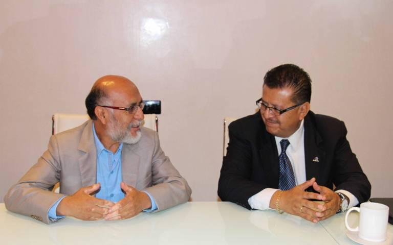 Signan convenio de colaboración UPTX y Coparmex