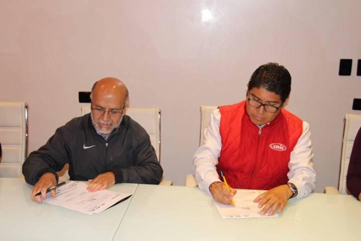 UPTx y CMIC signaron un convenio de colaboración institucional