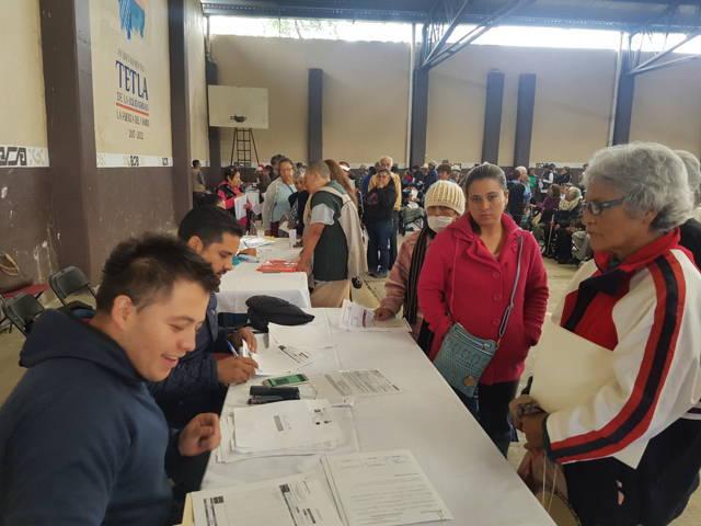Realizan pago de pensión a adultos mayores en Tlaxcala