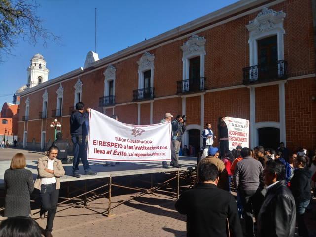 Gobierno apertura el diálogo y se retiran maestros manifestantes