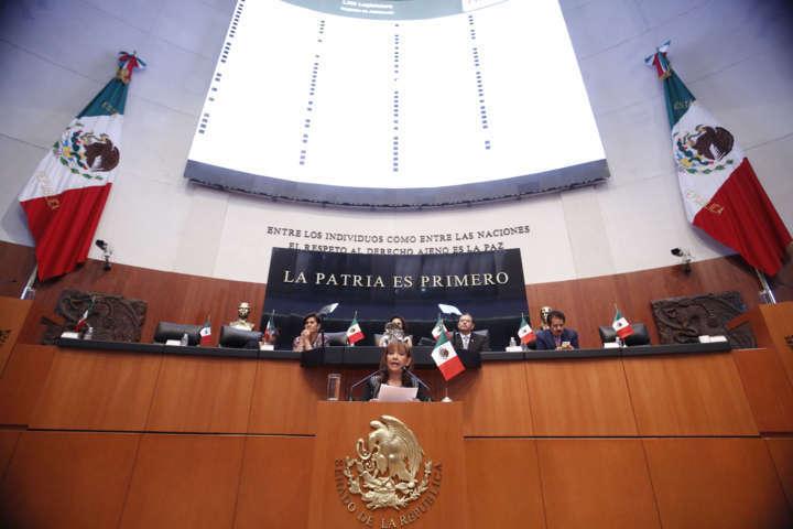 """Senado aprueba Ley General de Educación, para apoyar a """"Dreamers"""""""