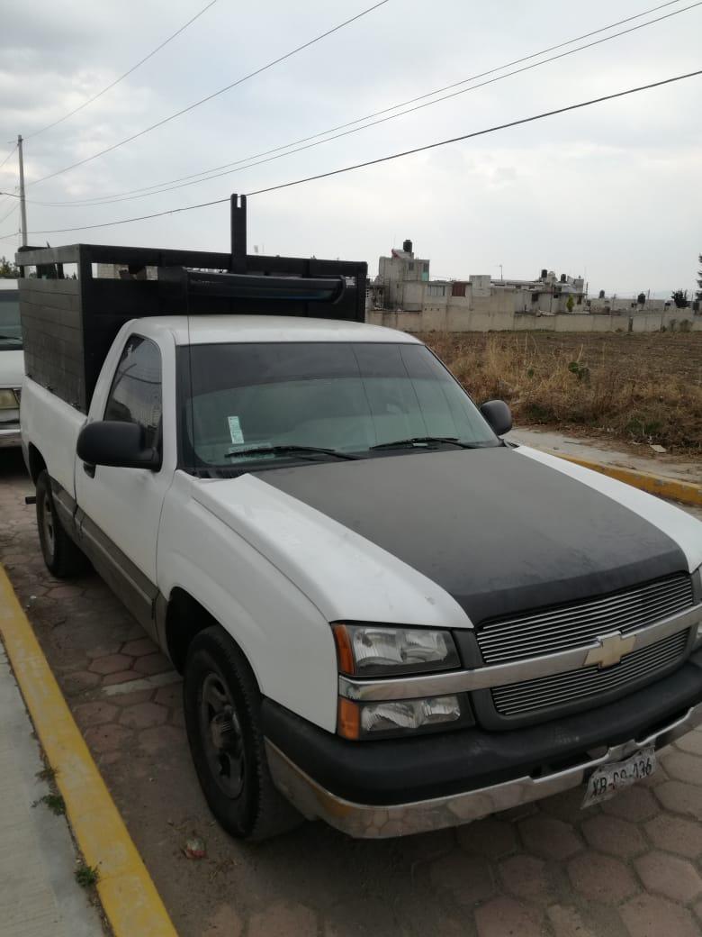 Recupera PGJE dos camionetas con reporte de robo