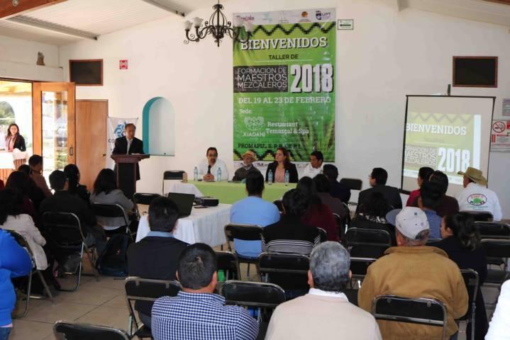 Se desarrolla en Tlaxcala el Taller de Formación de Maestros Mezcaleros 2018