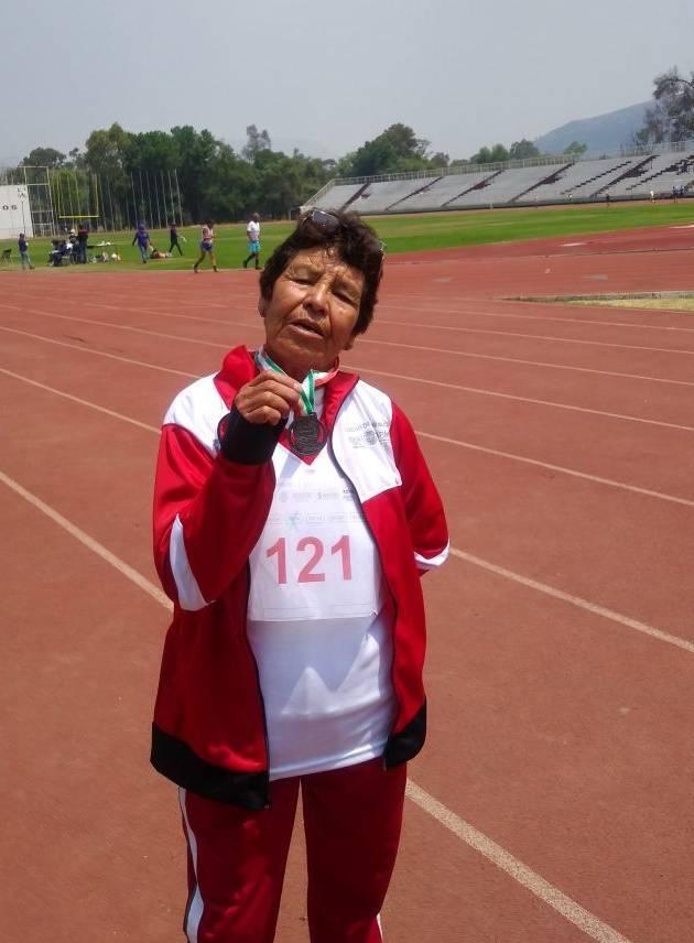 En los Juegos Nacionales medalla de plata para Isabel Rosas, en caminata