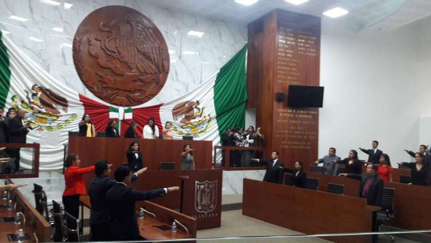 Instalan histórica legislatura de MORENA- PT- PES