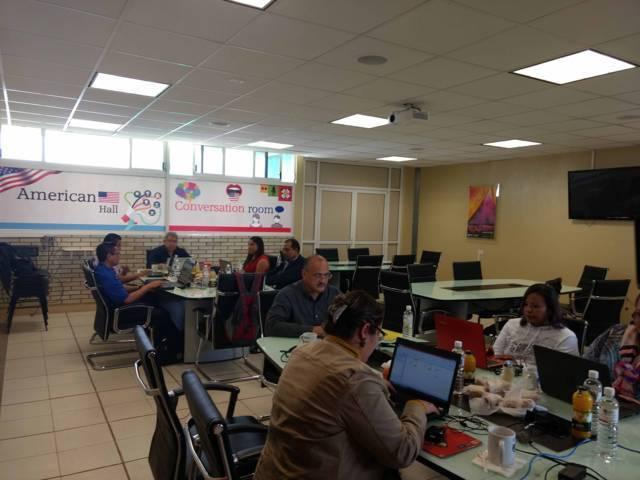 Uptx sede de la reunión regional para la actualización de diseño curricular