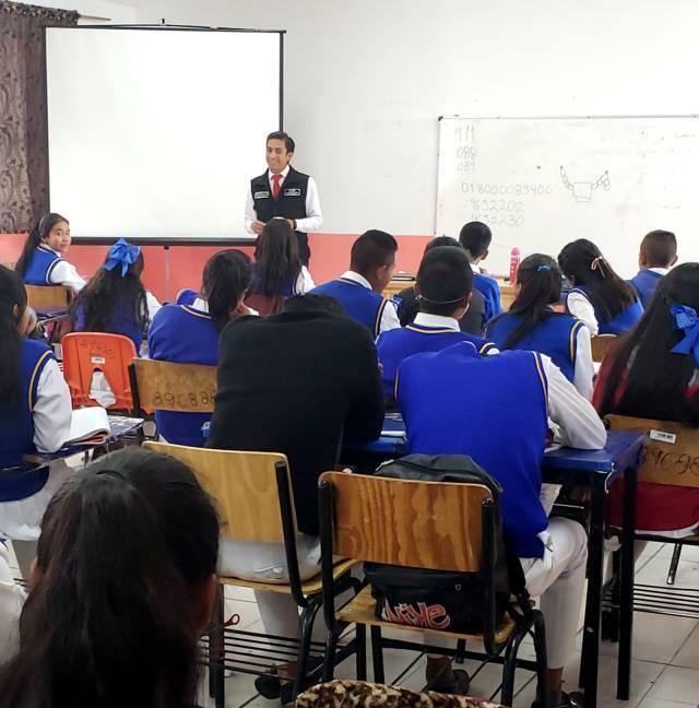 Imparte FGR pláticas a jóvenes de Zitlaltepec
