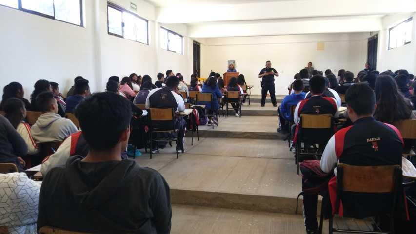SMDIF Santa Cruz Tlaxcala celebra el día escolar de la no violencia y la paz