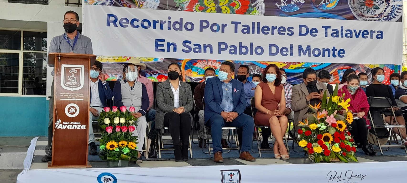 Realizan un recorrido por talleres de talavera en San Pablo del Monte