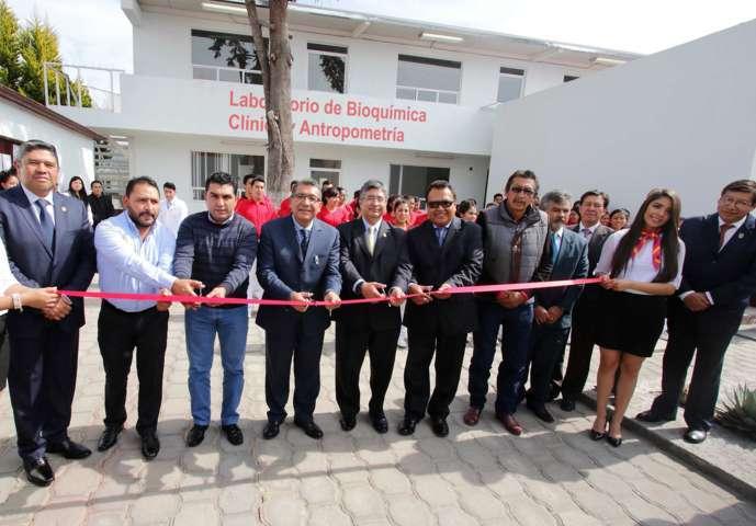 Inauguran en campus Calpulalpan laboratorio de Bioquímica