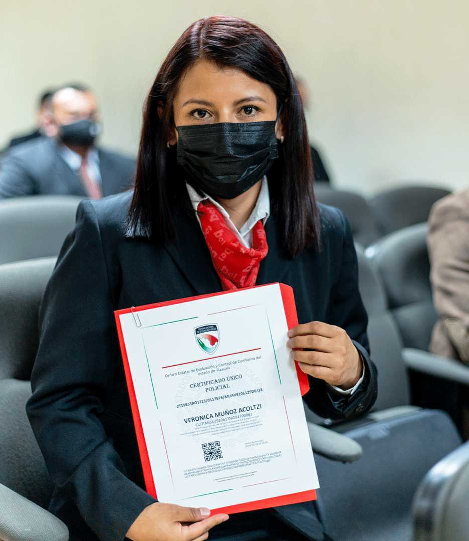 Obtienen 70 policías de investigación de Tlaxcala el certificado único policial (CUP)