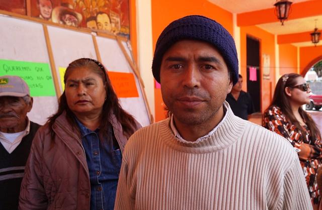 """Por intolerante y represor exigen la renuncia de """"alcalde meón"""""""
