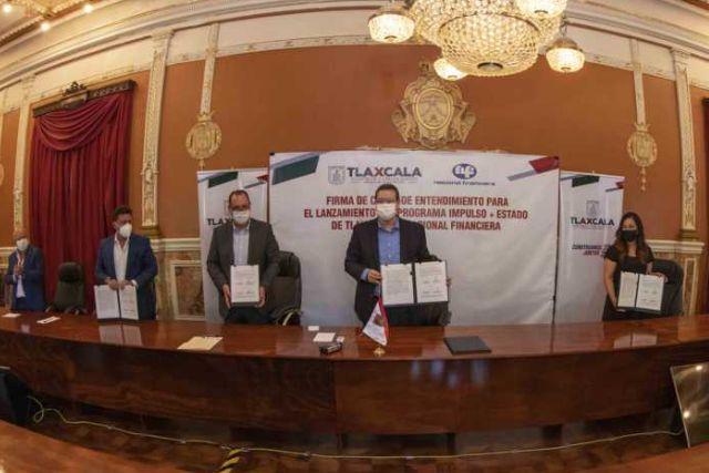 Marco Mena y Nafin acuerdan créditos por 115 mdp a Mipymes de Tlaxcala