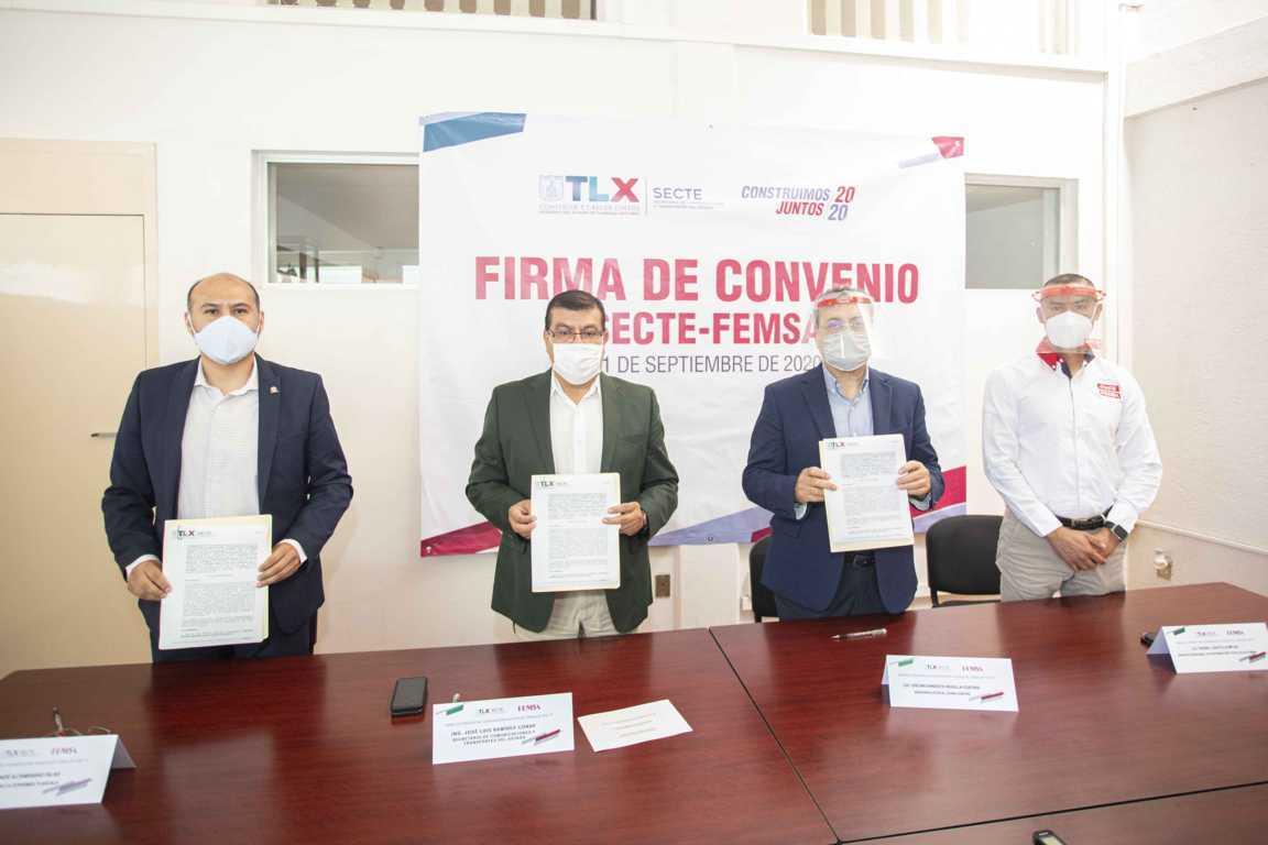 Firman Secte y Femsa convenio de colaboración para trámite de 400 licencias tipo