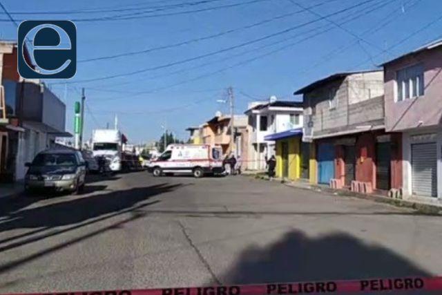 Sujeto es asesinado en las calles de Apizaco; recibió un balazo en el pecho