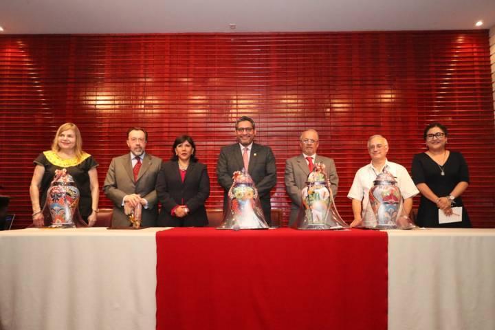 Especialistas debaten en la UATx el encuentro de dos culturas