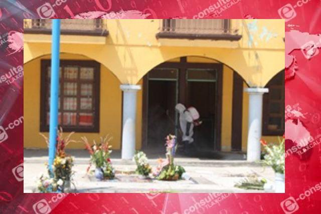 Llevan a cabo jornada de sanitización en San Isidro Buensuceso