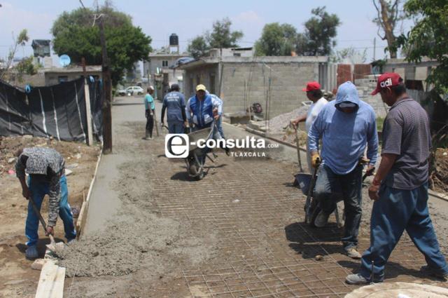 Con faenas se han pavimentado 4 kilómetros de calles en Nativitas