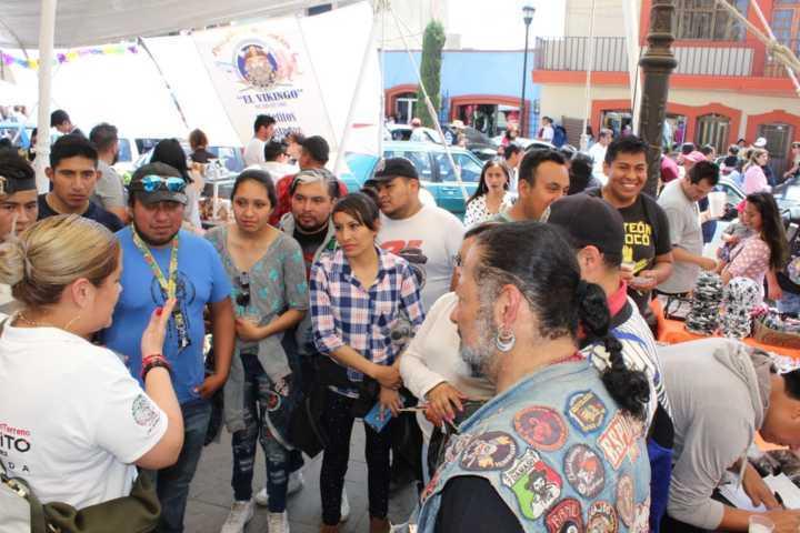 ¡Una Diputada Apoyando El Festival Del Pulque!