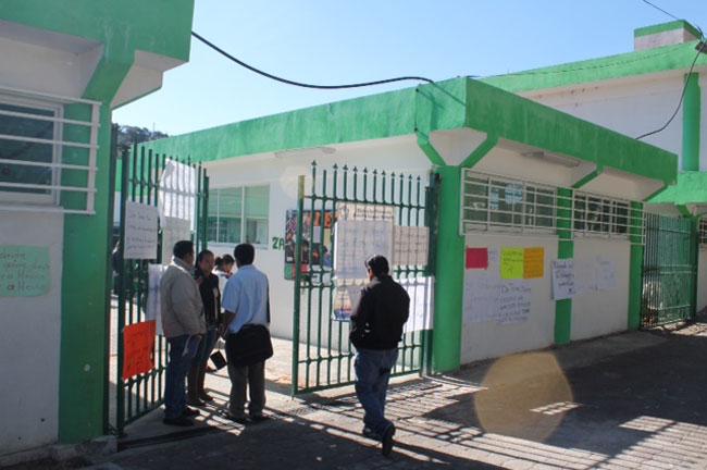 """Maestra de la Luis G. salamanca es una """"golpeadora"""""""