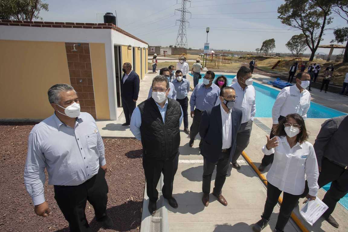 Marco Mena y Engie México inauguran centro recreativo en Calpulalpan