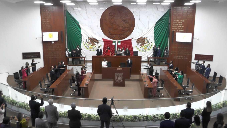 Toman protesta las y los integrantes de la LXIV Legislatura de Tlaxcala