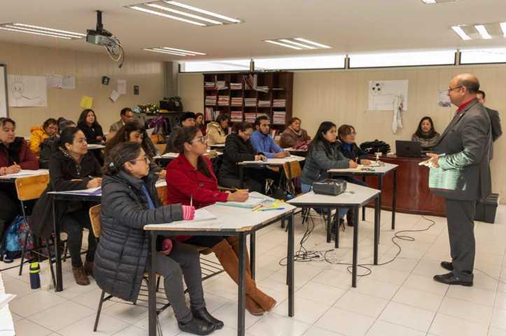 Capacita SEPE a maestros en evaluación de aprendizajes, lectura y matemáticas