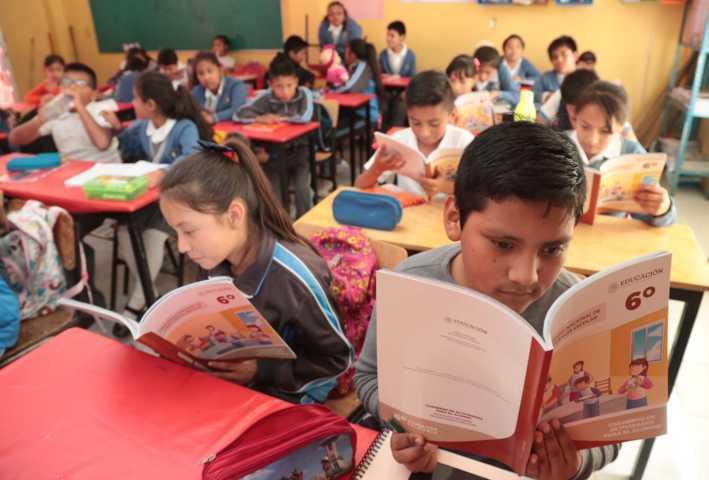 Entrega SEPE materiales educativos de convivencia escolar a 832 escuelas