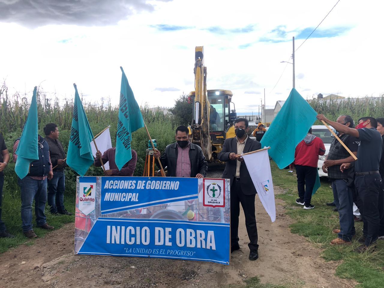 Oscar Pérez inicia ampliación de drenaje en calle Analco de Ayometitla