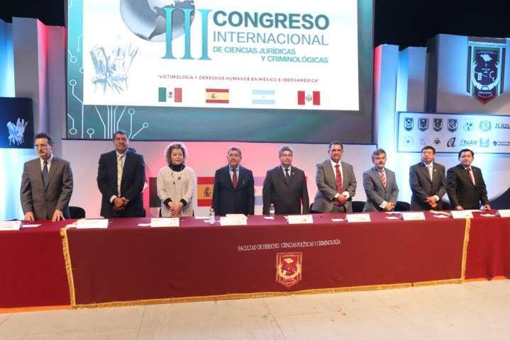 """Realizan """"III Congreso Internacional de Ciencias Jurídicas y Criminológicas"""""""