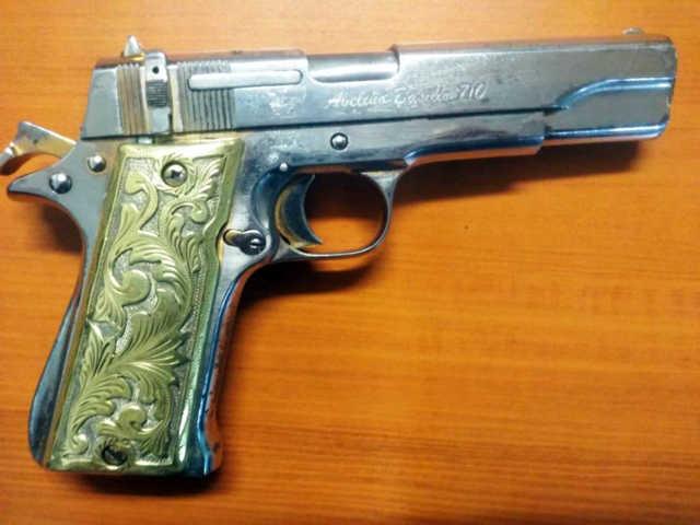Policía Estatal detiene a una persona con arma de fuego