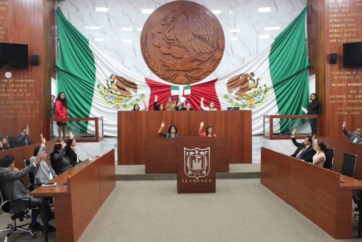 Presentan iniciativa de reforma a ley orgánica y reglamento interior y de acceso a la información